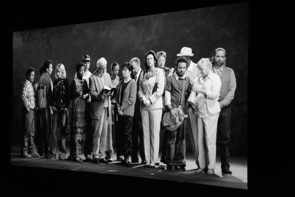 15 Projection faisait partie de l'exposition de Bill Viola au Moca