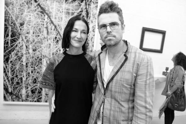 20 La Designer Cynthia Rowley et le Galeriste Bill Powers