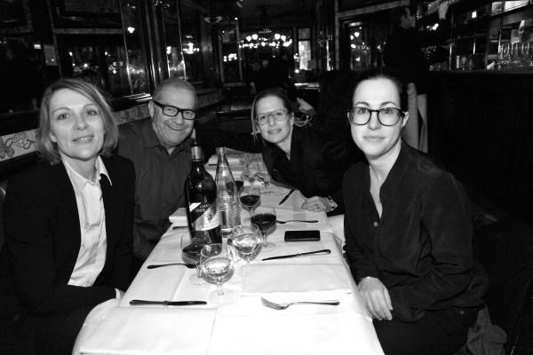 Giovani Testino et ses amies