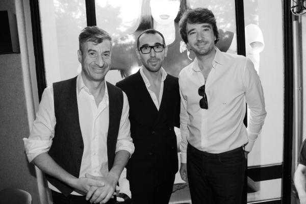 l'artiste Maurizio Cattelan, le designer de Berluti Alessandro Sartori et Antoine Arnault président de Berluti